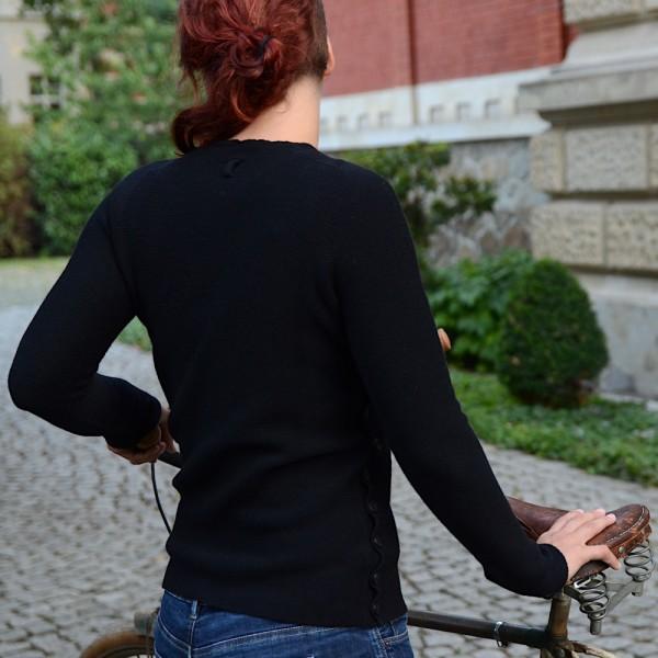 Damen Wollpullover aus reiner Merinowolle von HANNES ROETHER