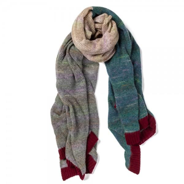 Weite Stola von ERIBÉ aus Schottland. Organic Knitwear.