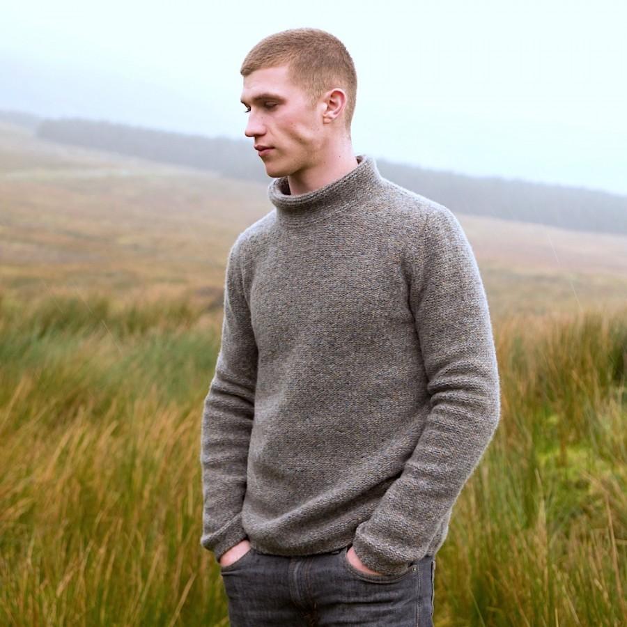 Sehr lässiger Herren-Wollpullover von FISHERMAN out of IRELAND aus weicher Merinowolle mit 5% Kaschmir veredelt