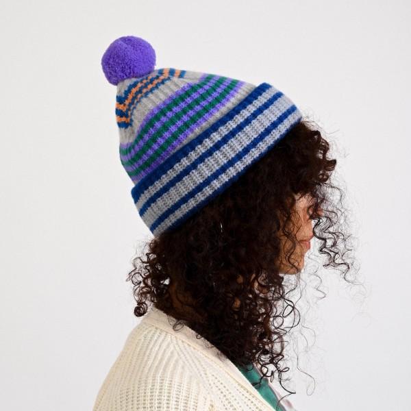 Slow Hat, bunt gestreifte Mütze mit Bommel vom belgischen Label HOWLIN aus reiner Schurwolle