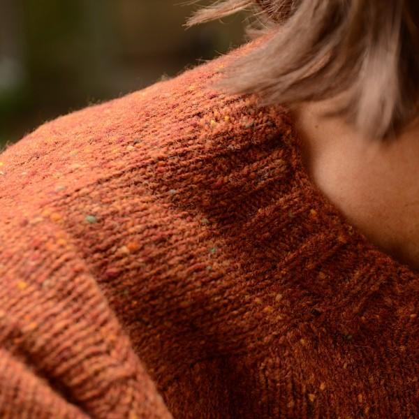 Leichter, melierter Shetland-Wollpullover vom belgischen Label HOWLIN´.