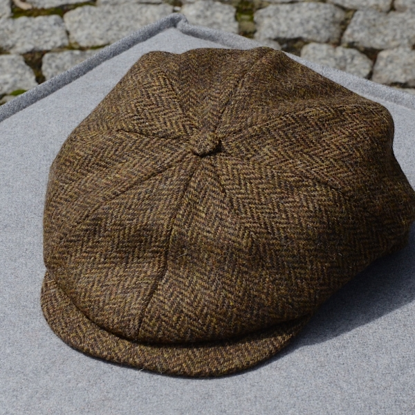 Tweed Cap | 8 Pieces | Wood
